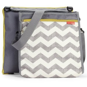 Outdoor Blanket & Cooler Bag - Chevron