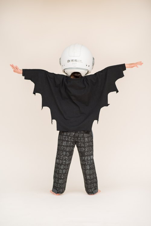 Mini Shatsu Flying Bat Caped Raglan