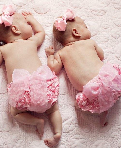 RuffleButts Woven Bow Bloomer - Pink
