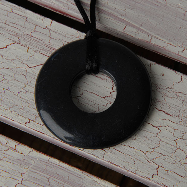 Teethease Original Pendant - Black
