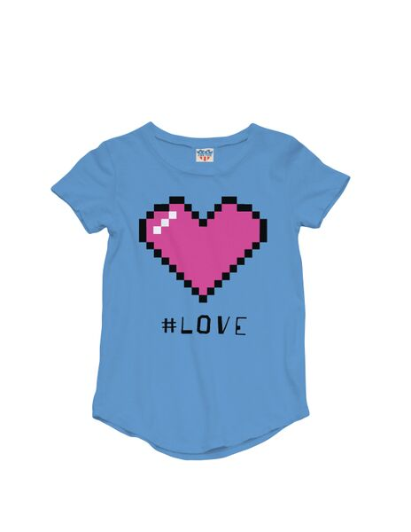 #Love Icon Tee