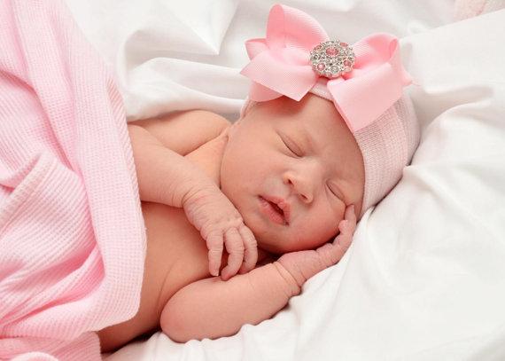Newborn Beenie - Classic Bling Bow