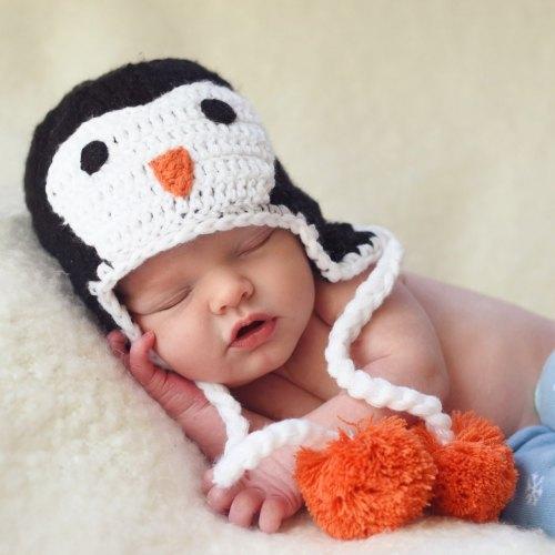 Huggalugs Penguin Beanie