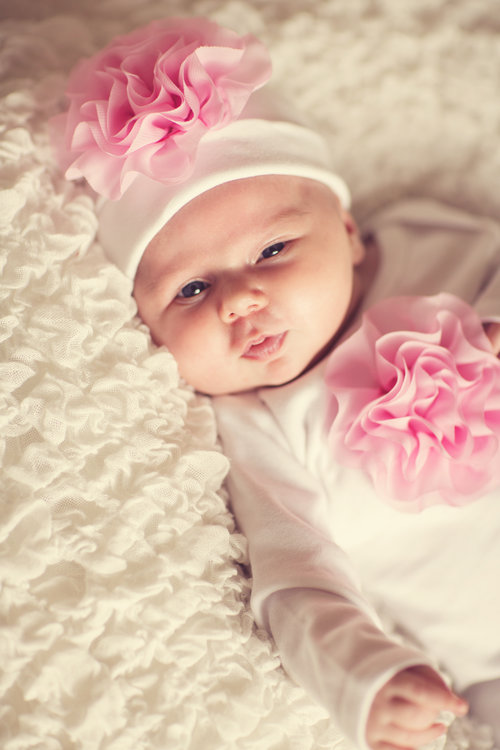 Cabbage Rose Gown & Hat- White w/ Light Pink Flower