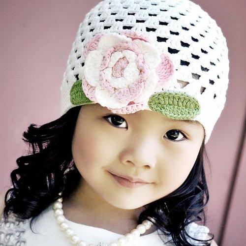 Huggalugs White Crocheted Cloche