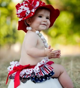 Red Dot Sun Hat with Red & White Peony