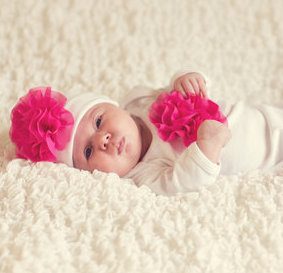 Cabbage Rose Gown & Hat- White w/ Fuchsia Flower